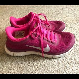 Nike Free Run 3.0 v5 Women's Size 7, Pink